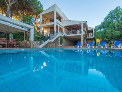 Photo for Club Villamar - Very spacious villa with private pool, a very nice garden with lawn and a pool ta...