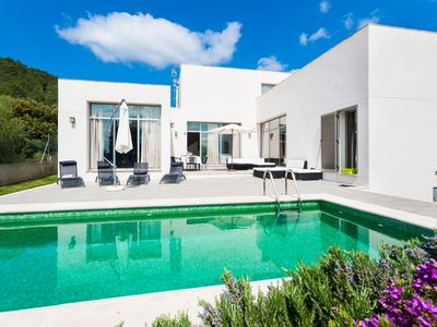 Photo for Modern holiday home with pool - Casa Cristina
