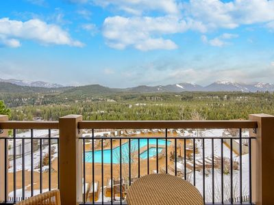 Photo for Breathtaking View of the Cascade Mountains and Cle Elum River with Resort Access