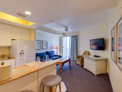 Photo for Apartment Gulf Resort in Fort Myers Beach - 4 persons, 1 bedrooms