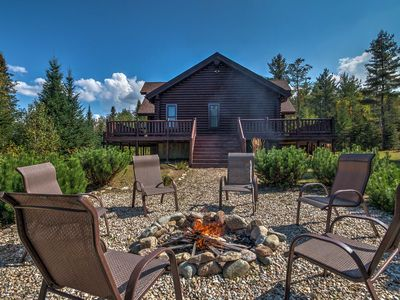Photo for 'Trailside' Luxury Twin Mountain Cabin on 5 Acres!
