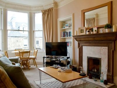 Photo for Traditional 2 Bedroom Apartment In Edinburgh