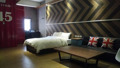 Photo for C202 Double room (Section of Ximen Road, beside Blueprint Culture & Creative Park)