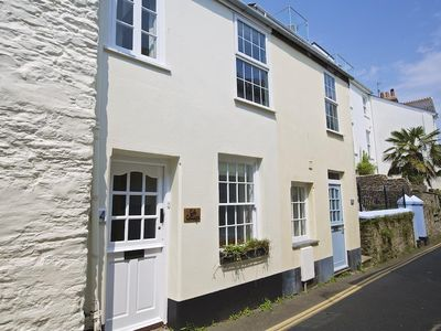 Photo for COB COTTAGE, family friendly, with open fire in Salcombe, Ref 995330