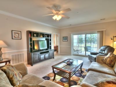Photo for Tastefully decorated w/ AMAZING golf course views!