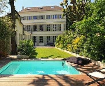 Photo for Outstanding house of 350m2 with garden and pool in the heart of the Latin Quarter