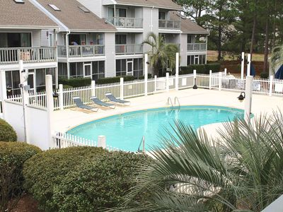 Photo for Golf Colony Resort This Devine Beachy Cottage is the perfect Getaway!- 25G
