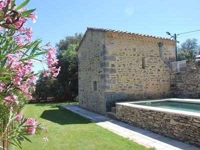 Photo for Nice Provençal stone holiday house with air conditioning & pool in Uzès