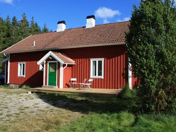 Copper Hagen - Cozy accommodations amidst the Swedish wild game; elk, deer and wild boar