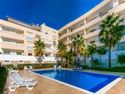 Photo for A05 - Luxury 1 Bed Fully Equipped with Pool!
