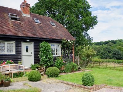 Photo for 1 bedroom accommodation in Elmsted, near Canterbury