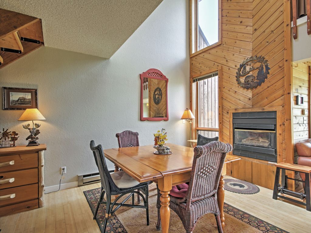 2BR Grand Lake Condo - Easy Access to Outdoor Activities!