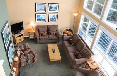 Photo for The View Upper - 3 Bedroom/3 Full Bathrooms Pet-Friendly! - Sleeps 10