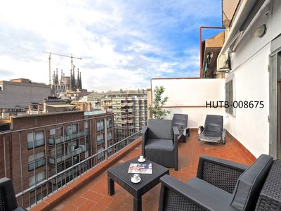 Photo for Apartment 1.2 km from the center of Barcelona with Internet, Air conditioning, Lift, Terrace (443049)