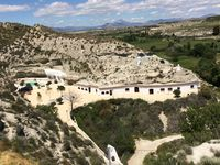 An oasis.... stunning caves. Lovely hospitality