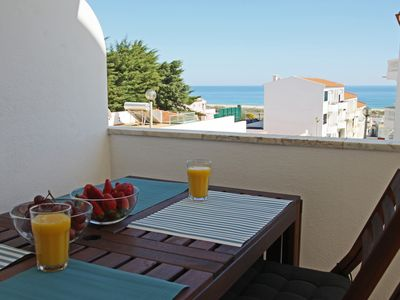 Photo for Peaceful vacation apartment, 200 m from beach, balcony with sea view, by Lagos