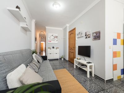 Photo for Cozy and bright apartment located a few meters from Las Canteras beach