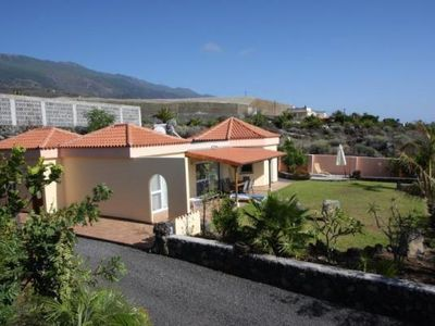 Photo for Holiday house Los Llanos de Aridane for 2 - 6 persons with 3 bedrooms - Holiday home