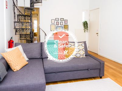 Photo for Liiiving in Porto | Downtown Balcony Apartment