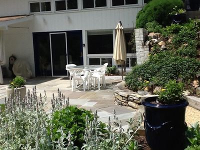 Photo for Exquisite 2BR Garden Apartment