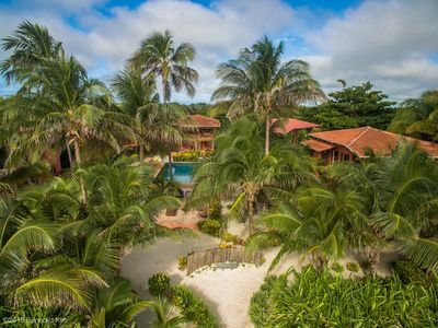 Photo for Coco Caye Villa, Beachfront Villa