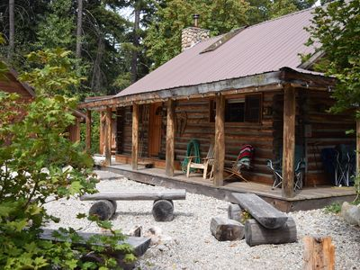 Photo for BOOK YOUR FALL GETAWAY JUST 5 MIN FROM FISH LAKE/LAKE WENATCHEE GREAT PROPERTY
