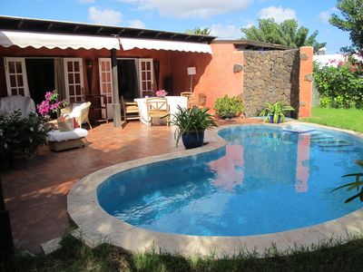 Photo for Fabulous, warm and luxurious villa with garden with lawn and pool.