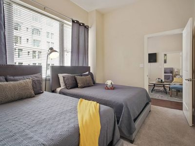Photo for ★ Ultimate 2bed/2bath in downtown Nola