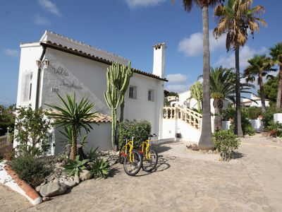 Photo for Calpe / villa with private pool and beautiful garden, sauna, wifi