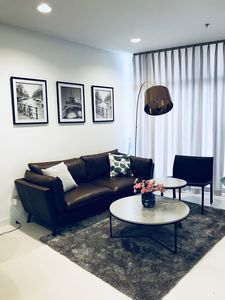 Photo for Modern Apartment, 5 mins to the Center