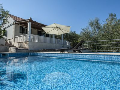 Photo for PROPERTY WITH PRIVATE POOL, SURROUNDED BY OLIVE PLANTS ABOVE SUTIVAN