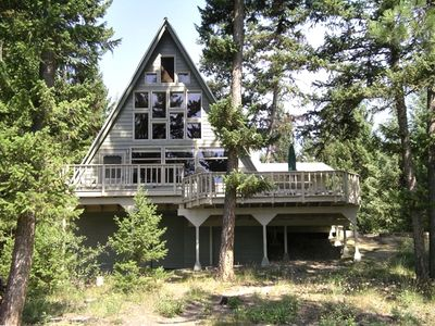 Photo for Lakefront Cabin Getaway