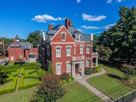 Photo for 6BR House Vacation Rental in Petersburg, Virginia