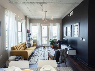 Photo for Sleek & Stylish 2BD Elliston Apartment