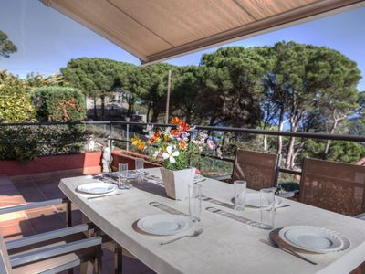 Photo for Nice apartment for 6 guests with private pool, WIFI, TV and parking
