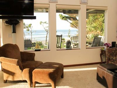 Photo for Modern Oceanfront Home w/ Stunning Views!