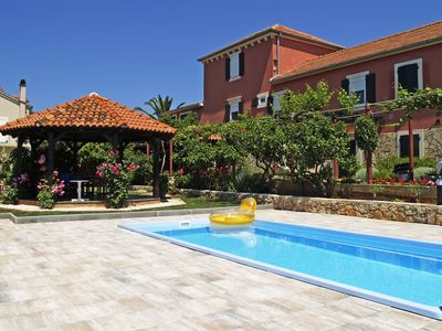 Photo for Luxury Villa with swimming pool, sleeps 16