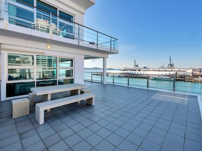 Photo for Stunning Harbour & City View Studio | AIRCON+WIFI