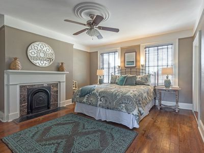 3 Living Spaces, Great Location, Lots of Space