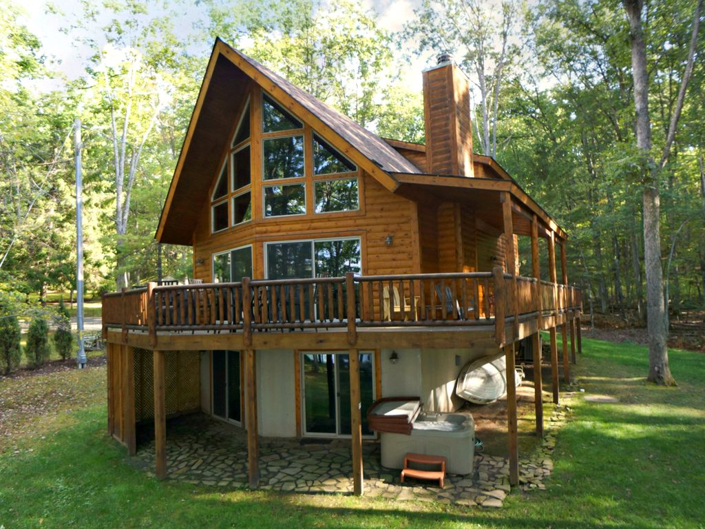 Newer Deep Creek Lake Front Log Chalet With Vrbo