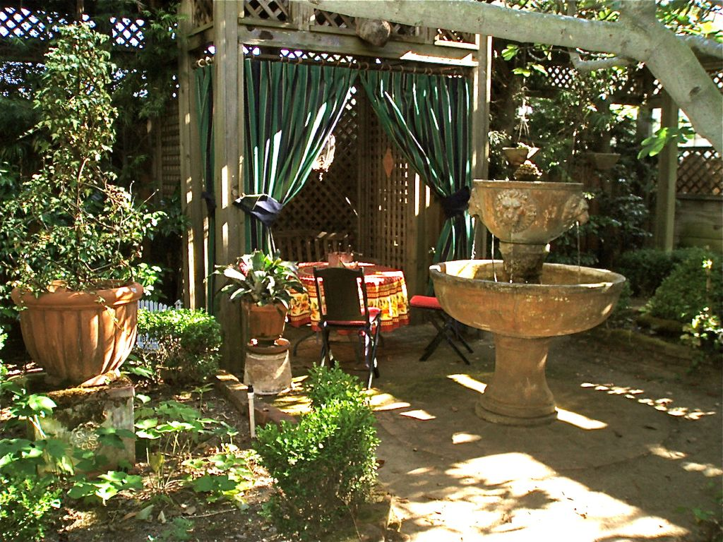 The Victorian Kitchen Garden Dvd Garden Apartment Located In A Wonderful Homeaway West Alameda