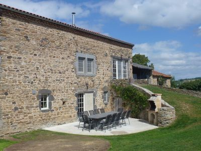 Photo for Spacious and luxurious cottage for 12 pesrsonnes in Espalem en auvergne