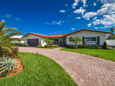 Photo for Luxury Deerfield Beach Vacation Villa-1600 sq. ft. & 400 sq. ft. enclosed patio