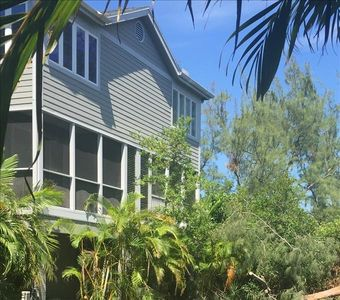 """Photo for """"Cedars East #531""""  2BR/2.5 BA, Fully Stocked Kitchen, Steps to Pool, Beach, Fishing & Dining"""