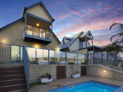 Photo for The-Loft - Paynesville, VIC