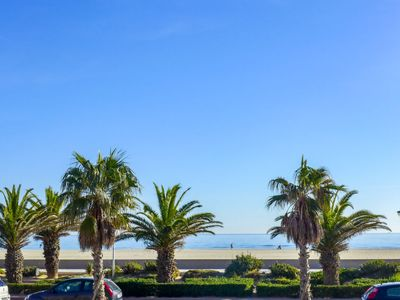 Photo for Apartment Bergère d'Azur in Canet-Plage - 2 persons, 1 bedrooms
