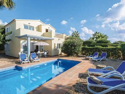 Photo for 3 bed Villa w/free Wi-Fi, a short walk from shops, restaurants & the beach