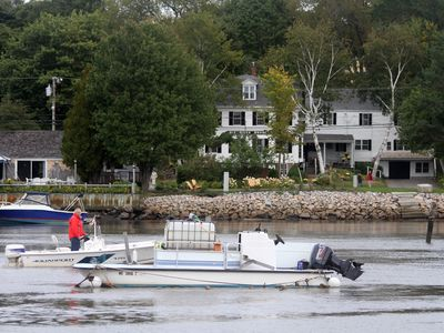 Photo for Historic-Waterfront:'The Old River House'-In Town, on River .