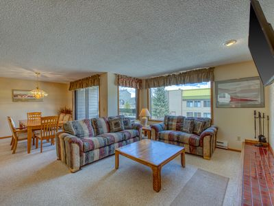 Photo for In-town condo near the slopes w/ shared hot tub & recreation center!