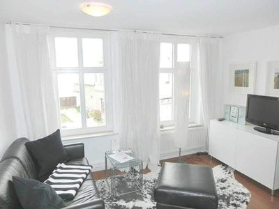 Photo for Apartment 4 - Sassnitz - Apartments in bath villa with Baltic Sea view